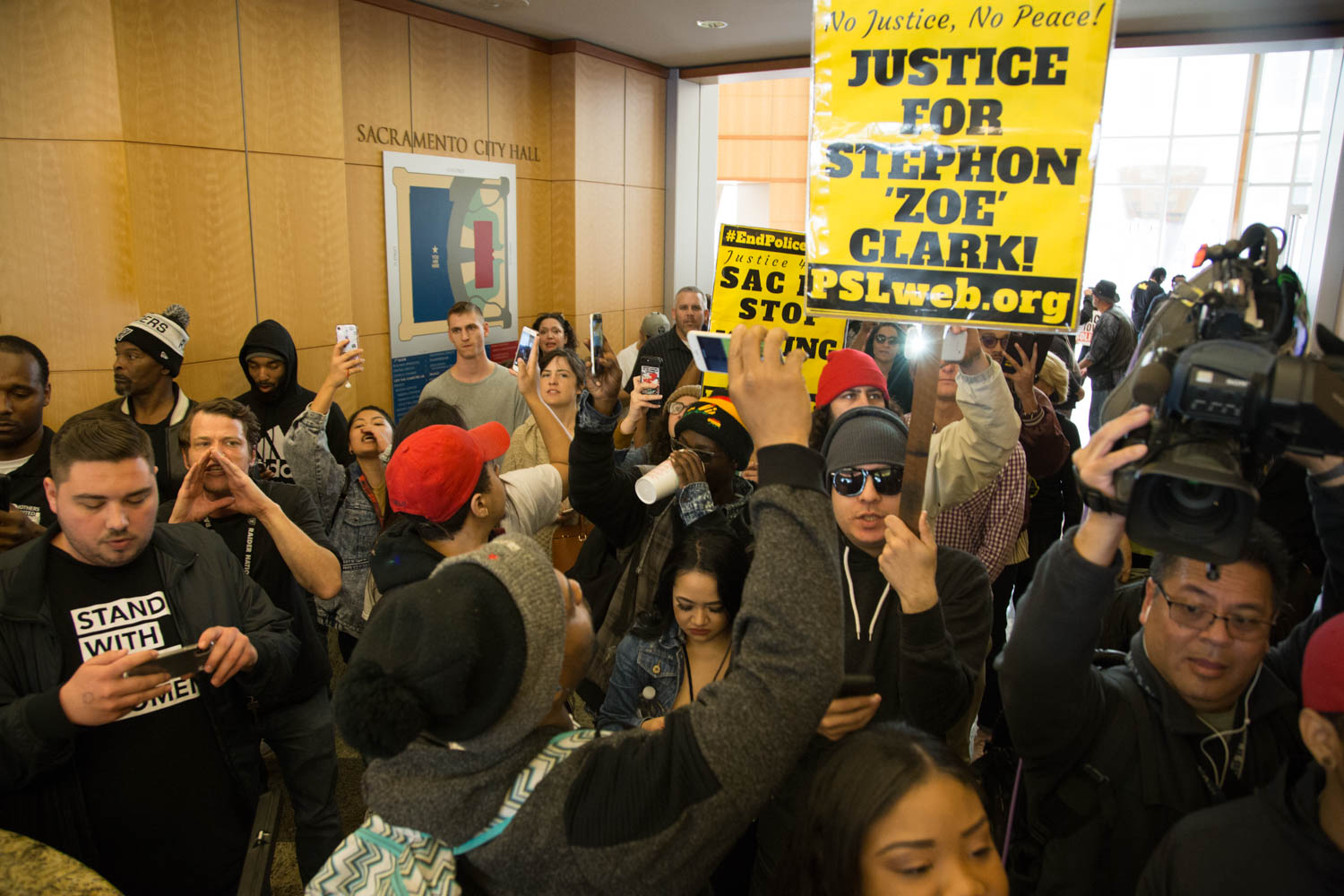 Stephon Clark was shot 7 times from behind, private autopsy finds