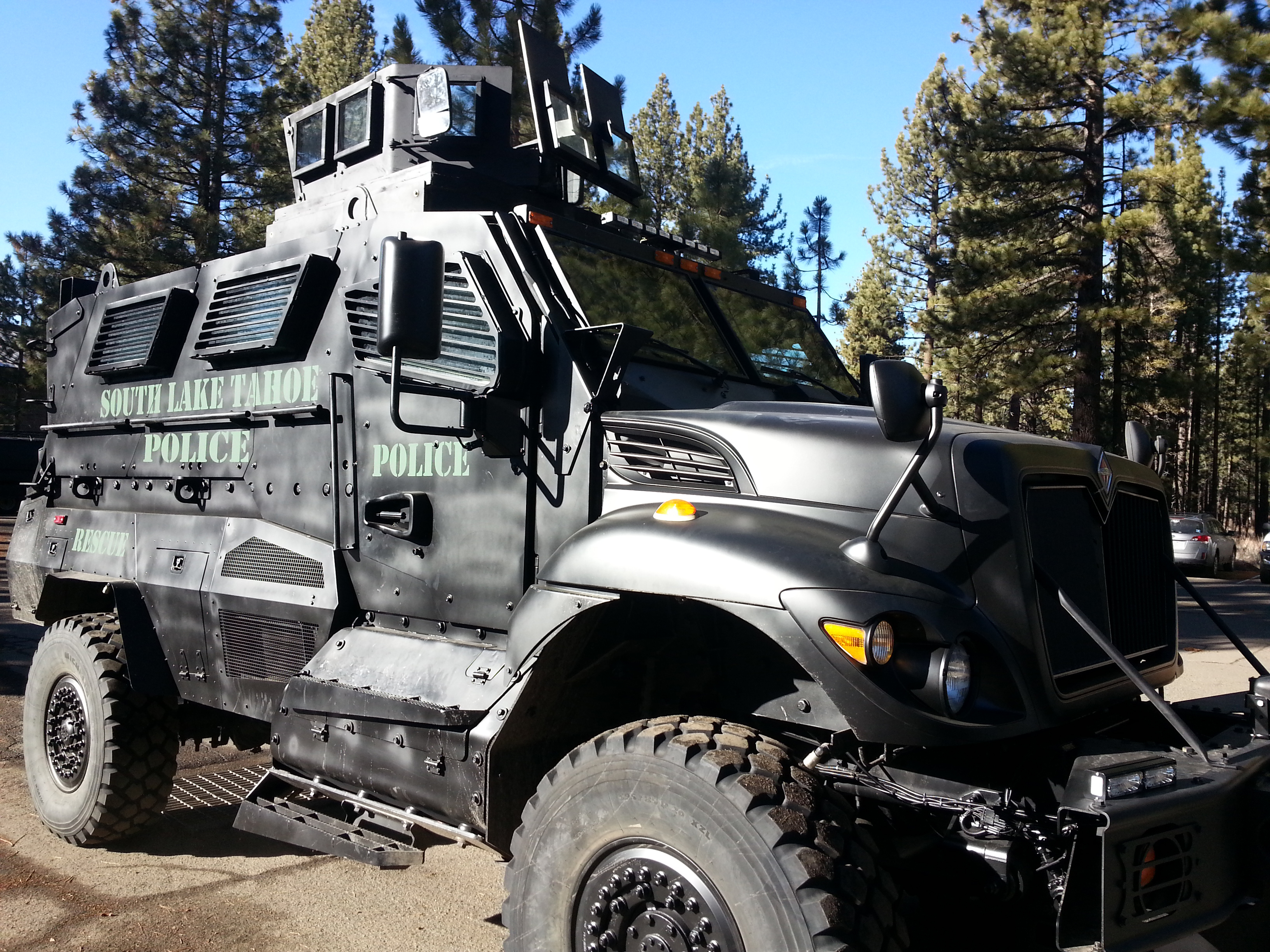 South Lake Tahoe Police Receives SWAT Vehicle From ...