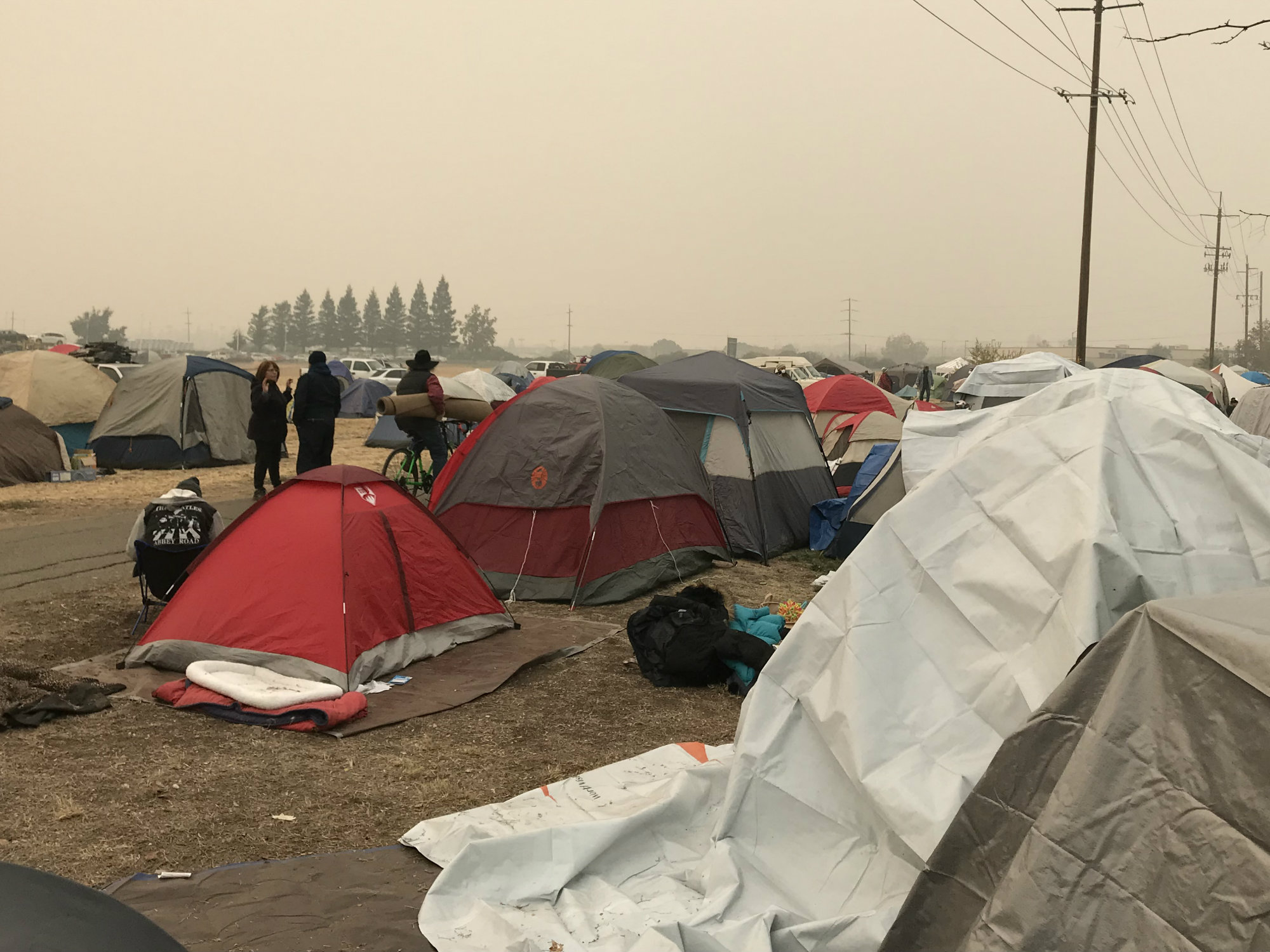 Now Living Side By Side Camp Fire Evacuees And Homeless Chico