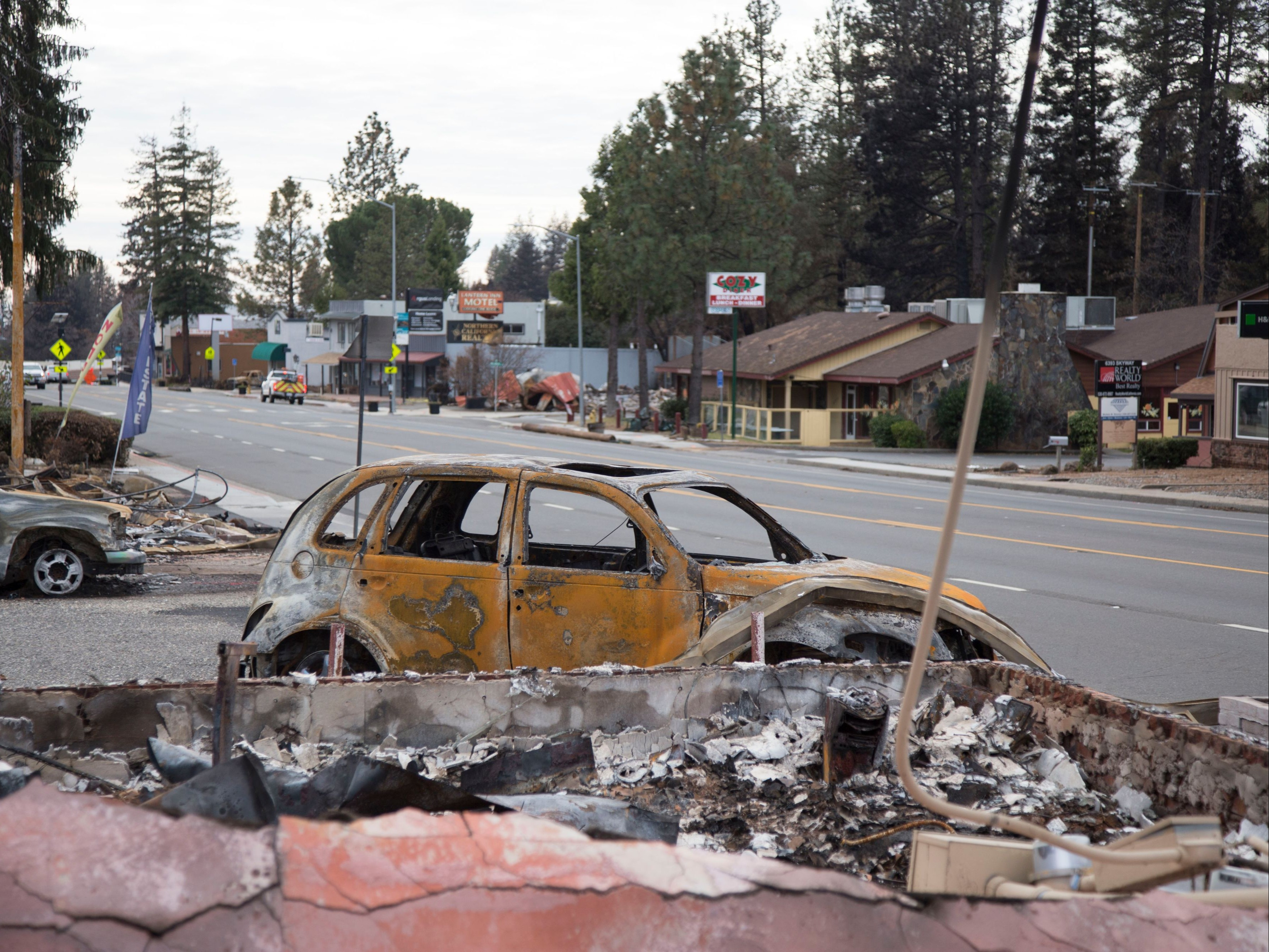 Flash Flood Warning In Camp Fire Area As Rain Pounds California From