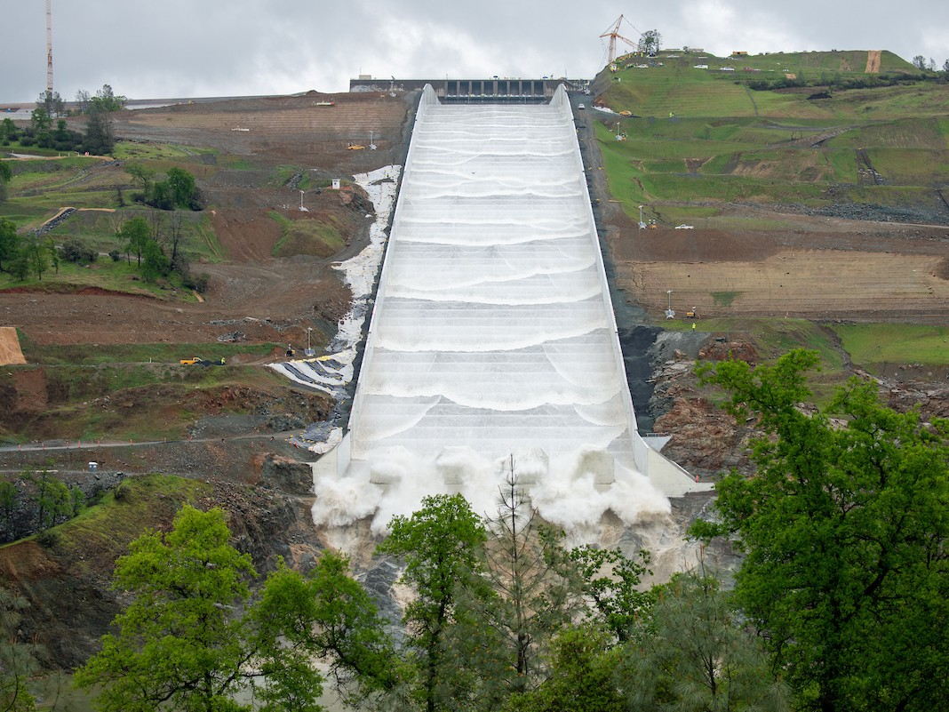 Water Rushes Down Oroville Dam's New Spillway For First Time Since