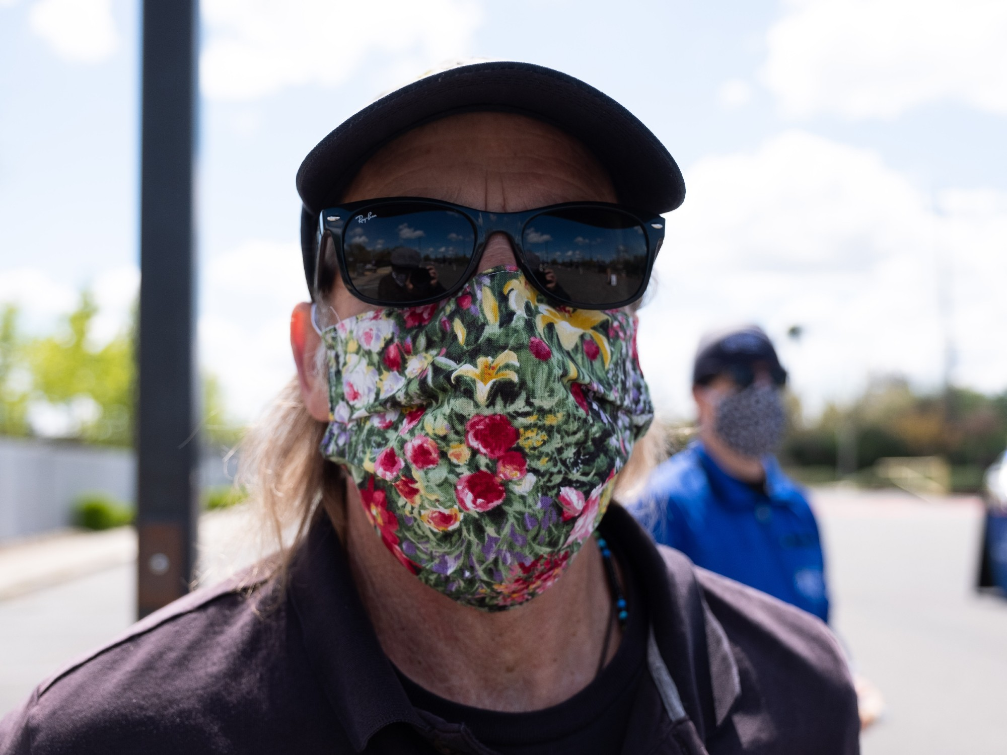 We Re All Wearing Cloth Masks Now But What Cloth Should You Use