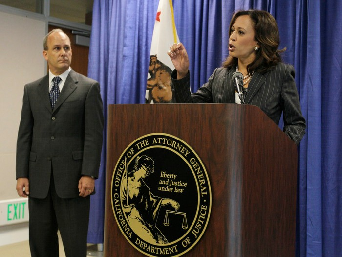 What Kept Kamala Harris So Cautious As California S Attorney General Capradio Org