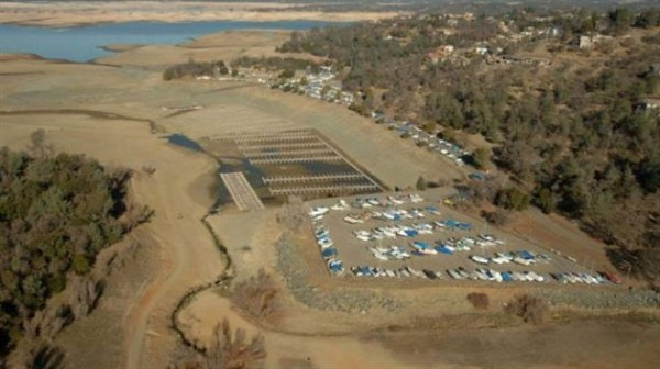 Folsom -Lake -USA-drought -before -after -2-620x 347