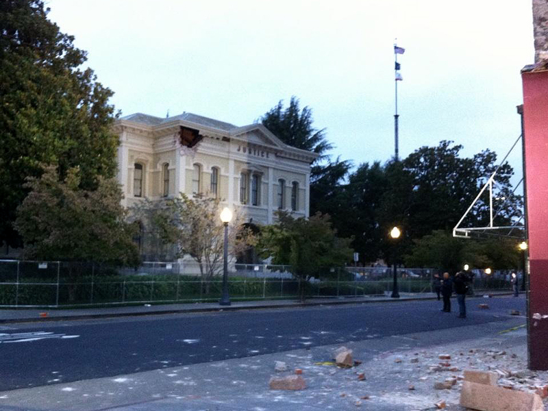 0825-napa -courthouse -p