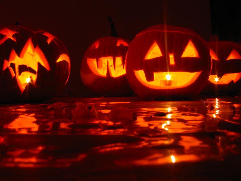 halloweenheads spooky songs for your halloween playlist capradioorg - Bob And Tom Halloween Songs
