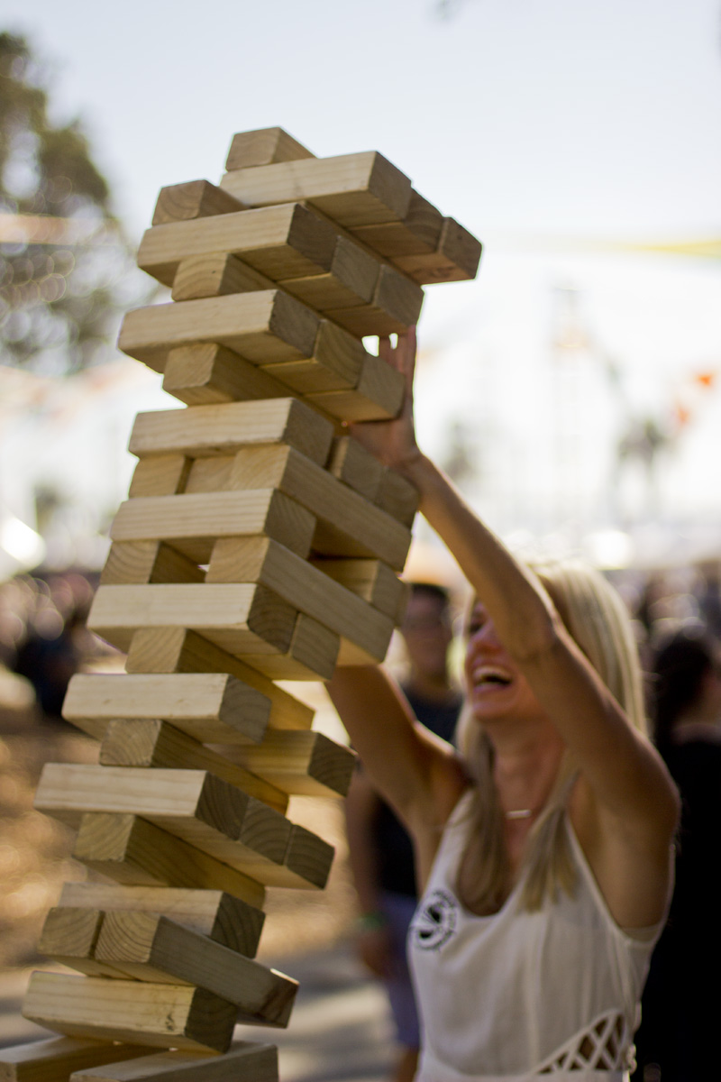 2014.10.18_Treasure Island Music Fest Day 1_05 Jenga Match With Esther & James _IMG_5707
