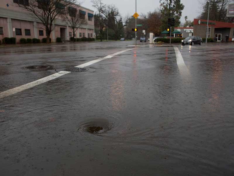 Corporate Calendar 2017 : Northern california sets new precipitation record