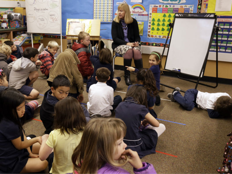 single sex education in american public schools The cost of single-sex education is not only a burden on schools, but within society if children fail to learn to work with other-sex individuals, said carol lynn martin, asu school of social and family dynamics professor and acces co-director of school relations.