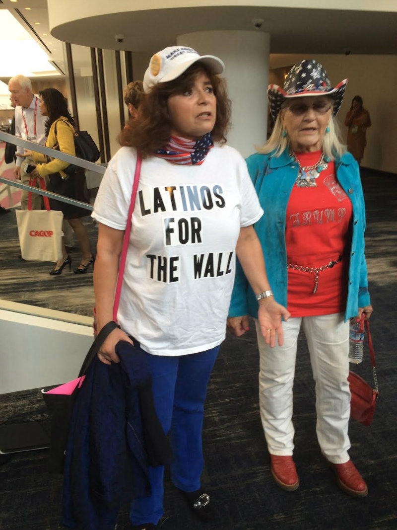 Latinos For Trump 042916P