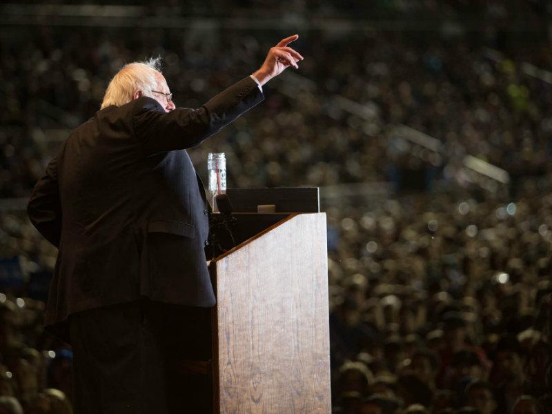 News Network Sanders In Sacramento And Stockton