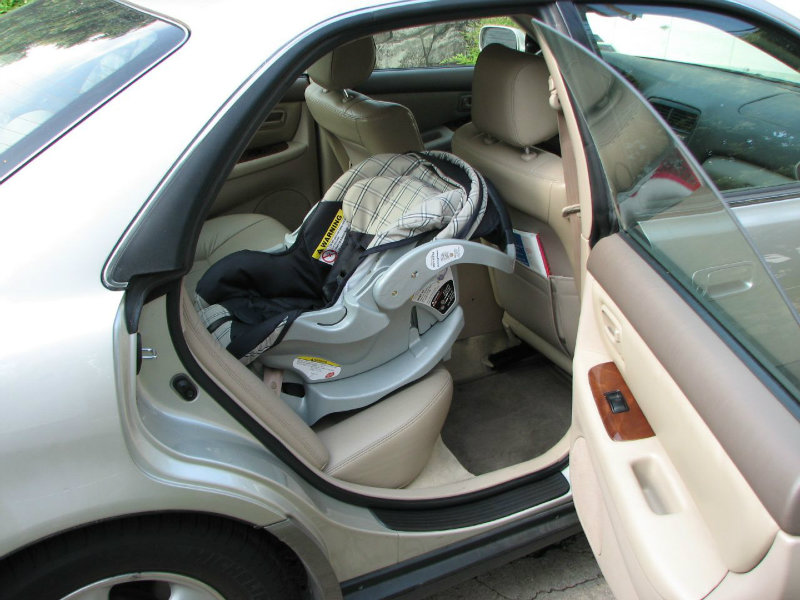 New California Law Requires Rear Facing Car Seats For Children Under Age 2