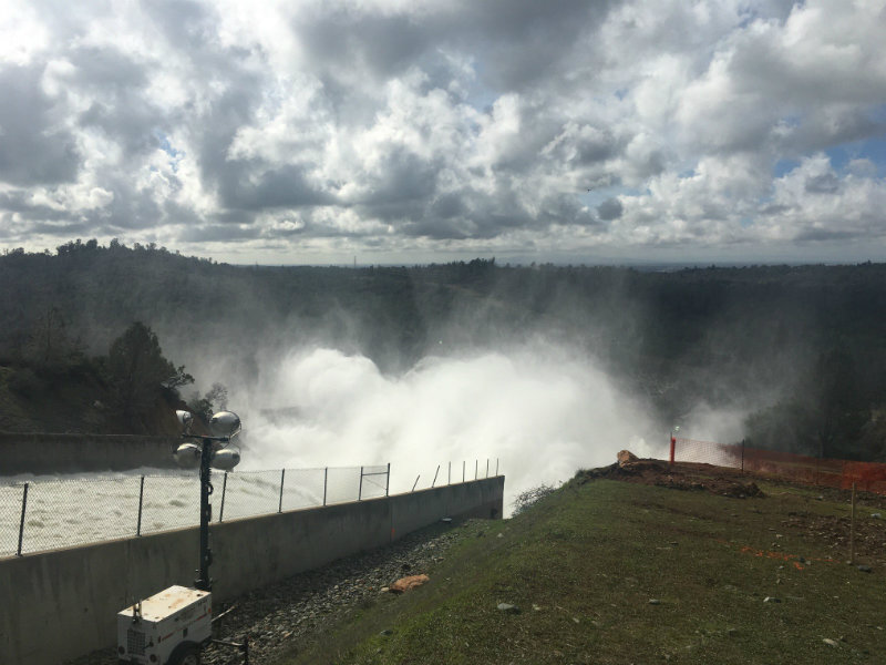 Insight: Oroville Spillway Report / 'Swimmer Among The Stars