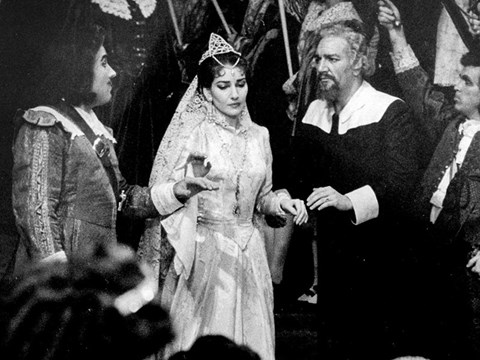 Maria Callas with Mario Sereni and Girogio Tozzi | photo: Louis Melancon