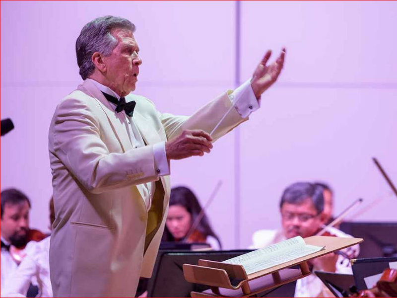 Maestro Joel Revzen Conducts Classical Tahoe / Courtesy